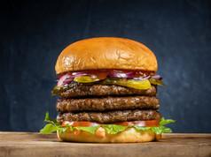 Gorilla Burger - 005.jpg