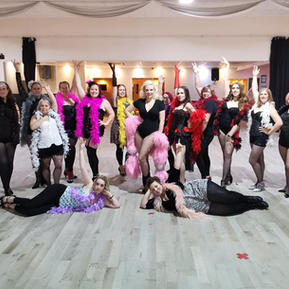 Burlesque - Different Props available