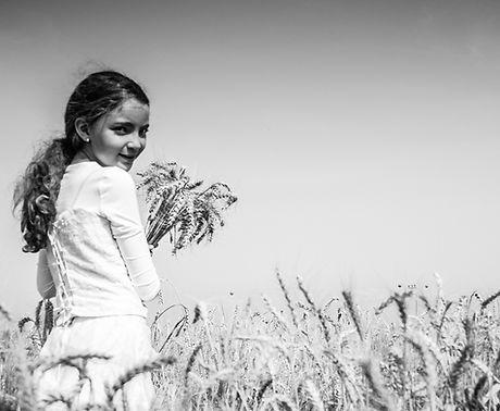 Livnot Kahal wheatfield eqed-2.jpg