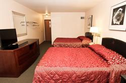 Luck Country Inn Hotel Room3