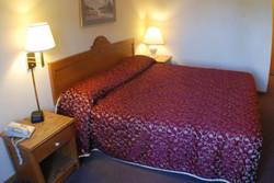 Luck Country Inn Hotel Room4