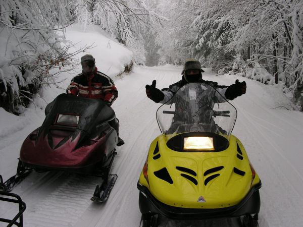 Snowmobilers Welcome!