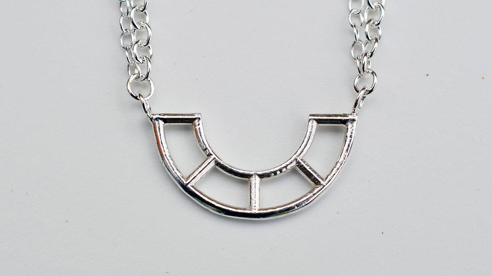 Silver Medium Single Curve pendant