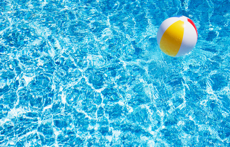 Havuzu'nda Plaj Topu