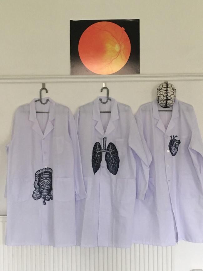 Lab coats (2018)