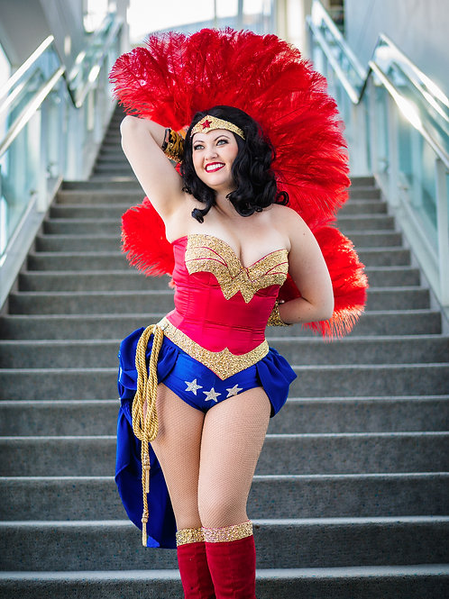 Burlesque Wonder Woman 3