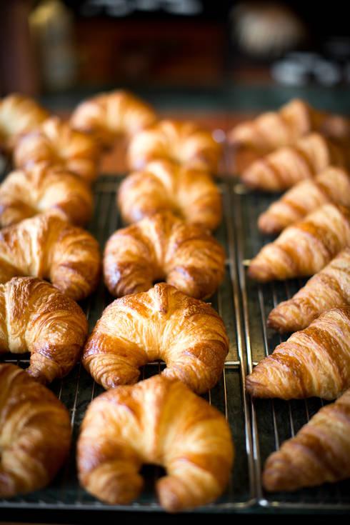 35022-croissant-courbesur-grille.jpg.JPG