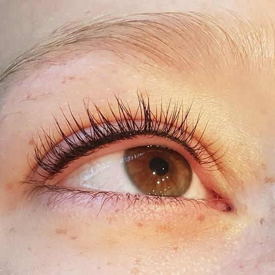 Eyeliner in de wimperrand