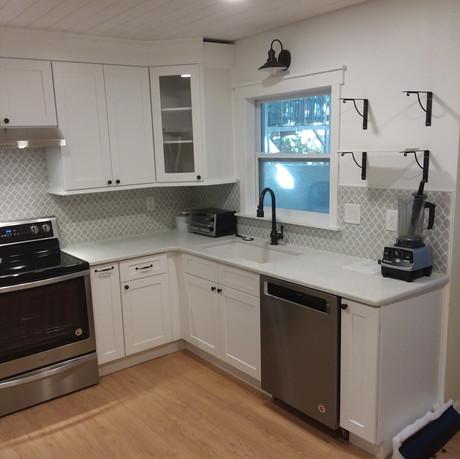 Budleigh kitchen angle3.jpg