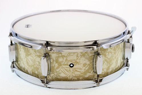 """Vintage 1960's 14"""" x 5"""" MIJ Snare Drum"""