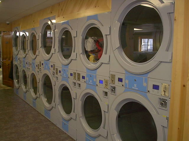 Garland Street Laundry, Riley Anders