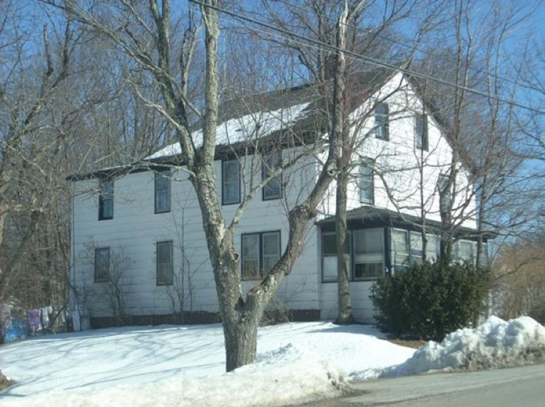 1425 Hammond St Building