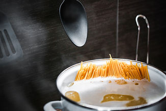 spaghettipasta-cooking-picjumbo-com.jpg