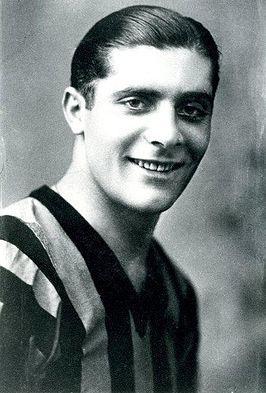 Giuseppe Meazza (23 Ağustos 1910, Milano – 21 Ağustos 1979) Doğum tarihi