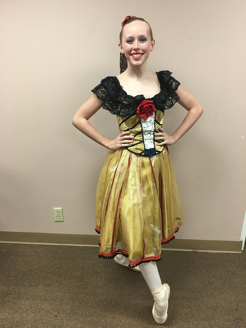 Maddy as Spanish divertissement