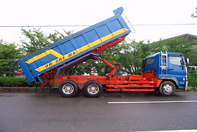 10tダンプトラック