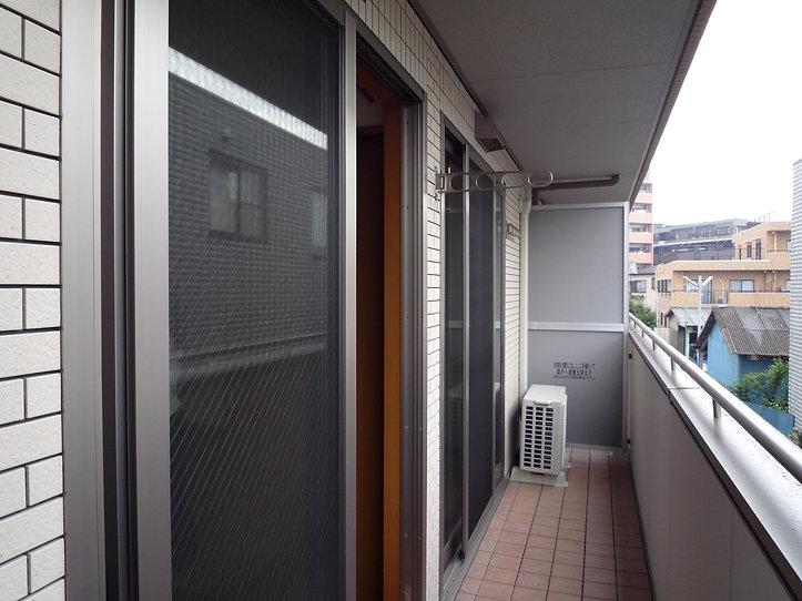 ベランダ窓
