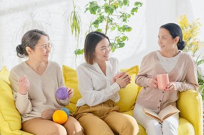 様々な世代の女性