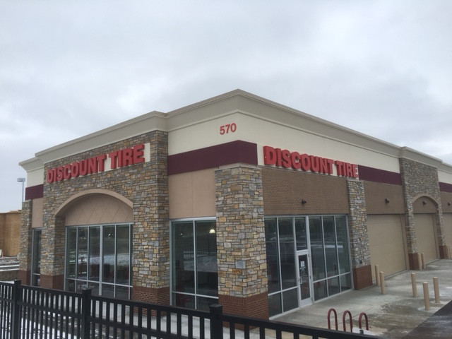 Discount Tire - Woodbury, MN