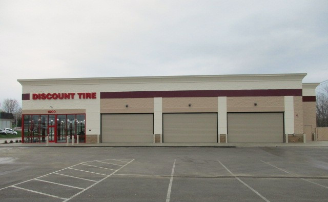 Discount Tire - Dubuque, IA