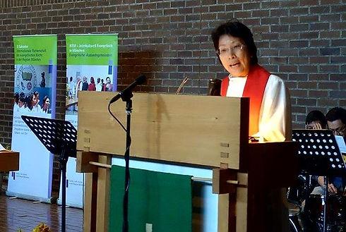 Pfarrerin Wai Ching Mühlhaus