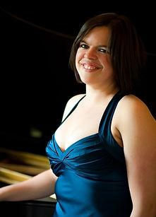 Sarah Troxler, piano