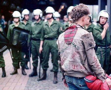 Una mirada al punk y el anarquismo; ideas de contracultura 