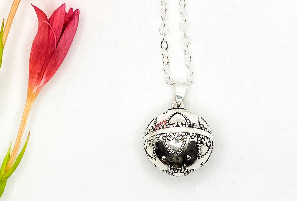 Love, Beautiful Pregnancy Bola Necklace, Harmony Ball, Mexican Bola