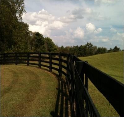 Round fence corner