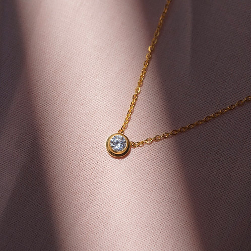 Niki Diamond Necklace