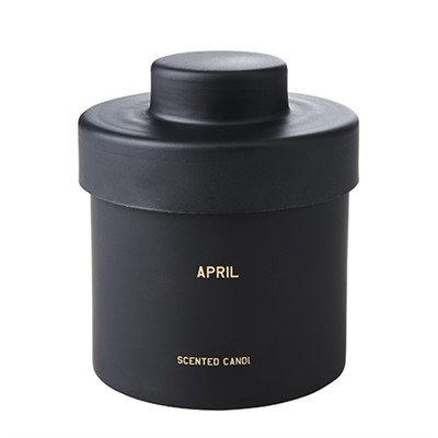 Duftlys, April