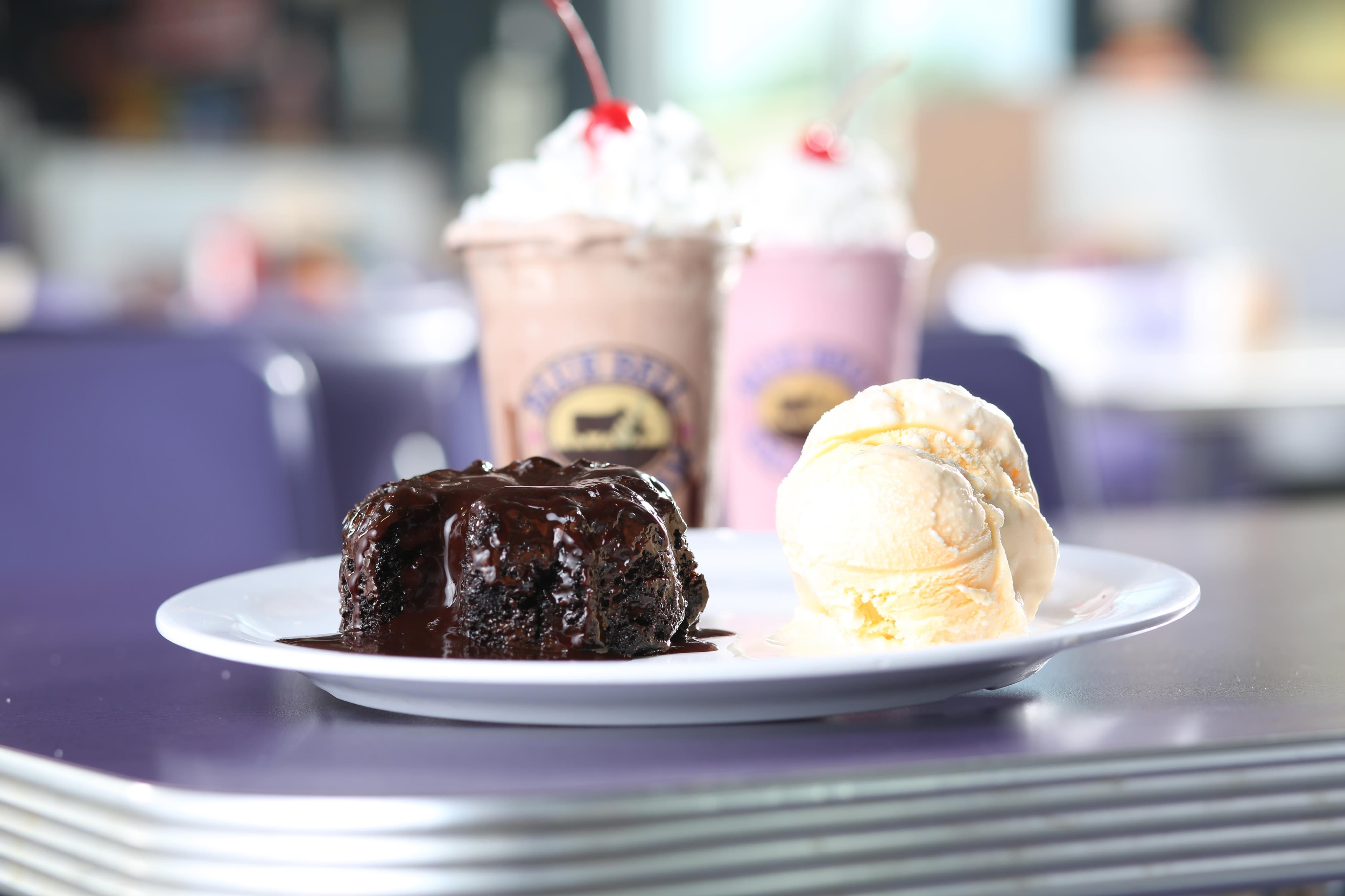 Heff's Ice Cream & Cake