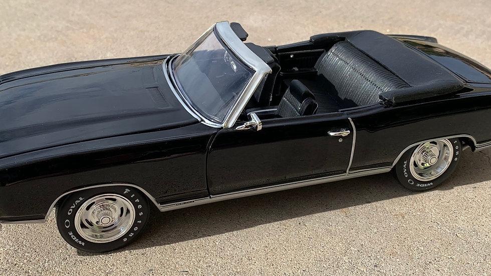 Autoworld, 1970 Monte Carlo SS 454, fantasy convertible, 1-12