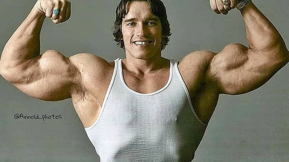 Os 7 melhores bíceps da história