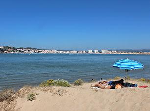 Salir do Porto beach