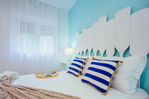 Paddle Headboard - Double beds
