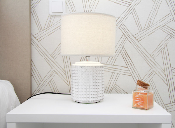 SCH - Bedrooms - Lamp