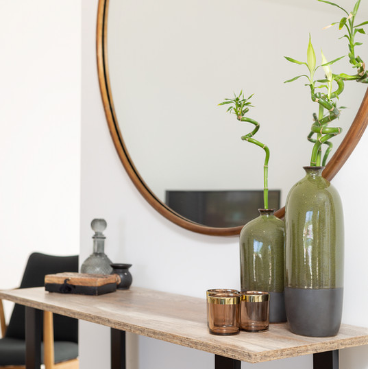 Indy Furniture Line Console
