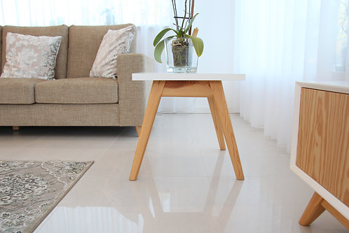 Cais square side table