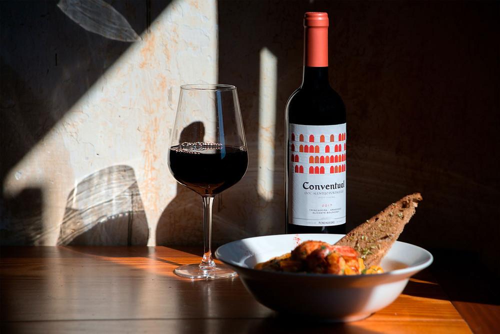 Red wine bread traditional cuisine Alentejo Portugal