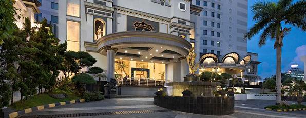 golden boutique.jpg