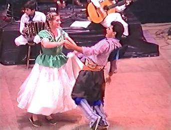 Puchi Gonzale sapucay chamamé teatro Juan de Vera en Corrientes chamameceros muertos en la tragedia de Bella Vista el 8 del 9 del 89