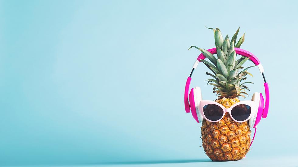 pineapple headphones.png