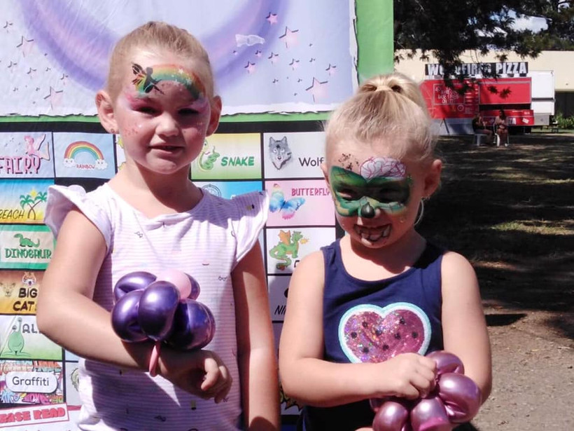 balloons and facepainting.jpg
