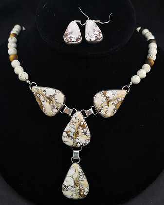 Sterling Silver Wildhorse Necklace and Matching Earrings (J0091)