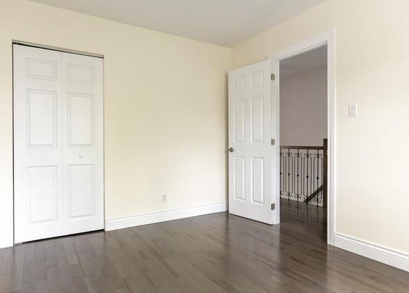bedroom1.jpeg
