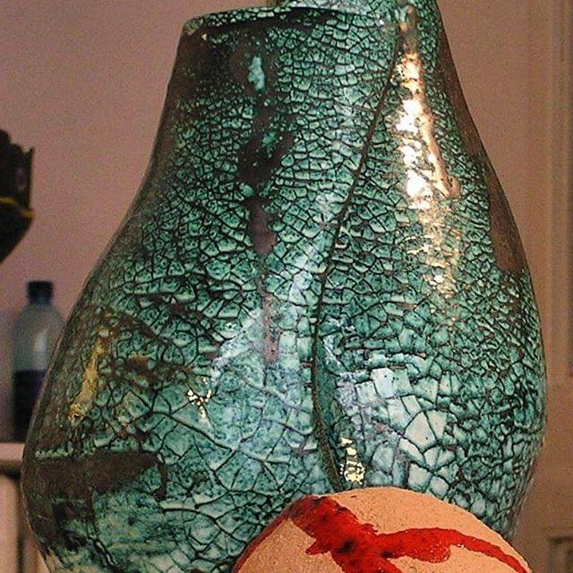 Vaso in ceramica sinuoso verde
