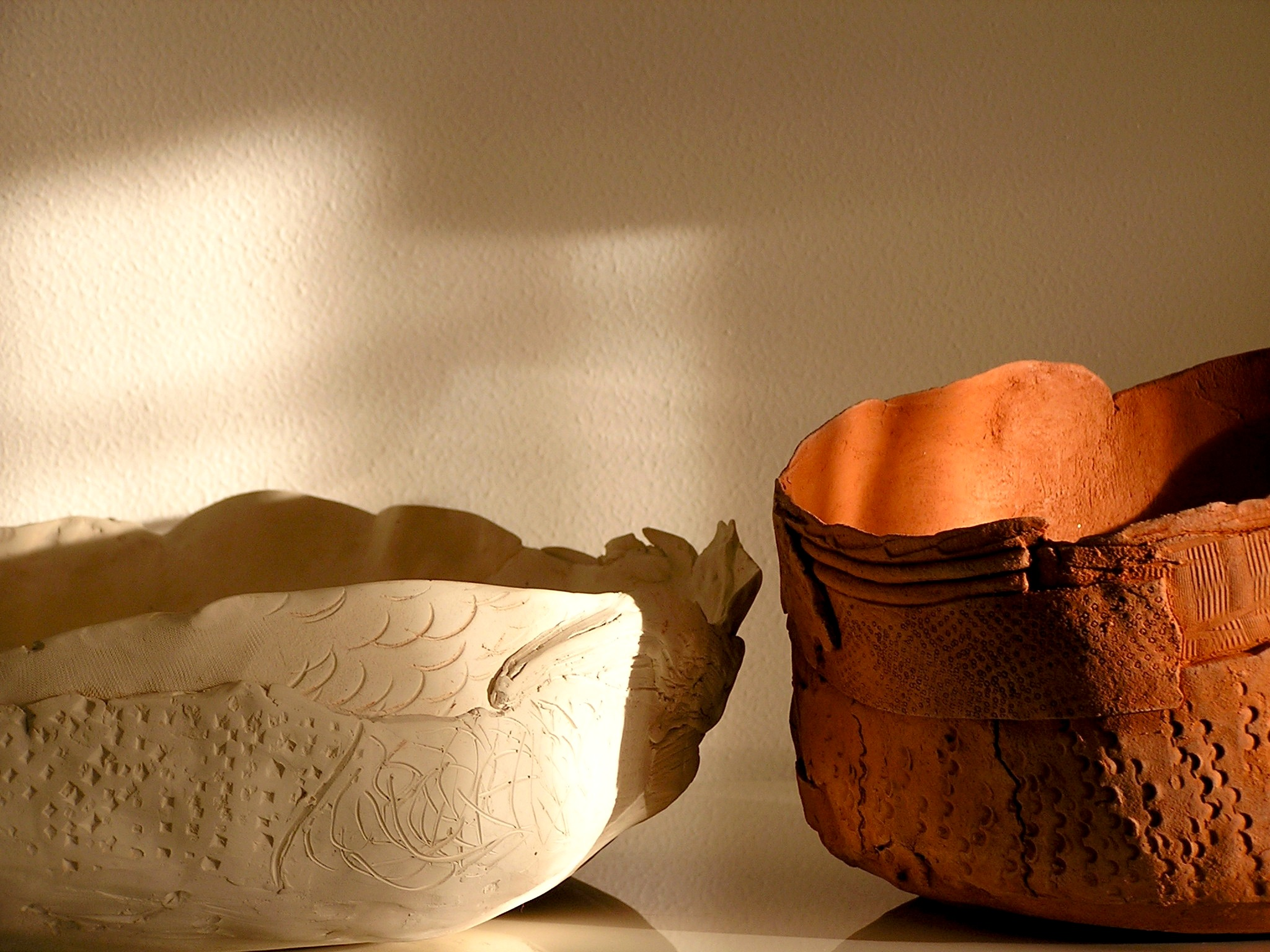 Ciotola in ceramica senza smalto