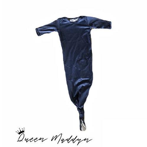 Queen Maddyn Newborn Knot Gown