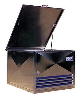 Bac pour batteries usagées. Conteneur inox solides et esthétiques, norme M0.